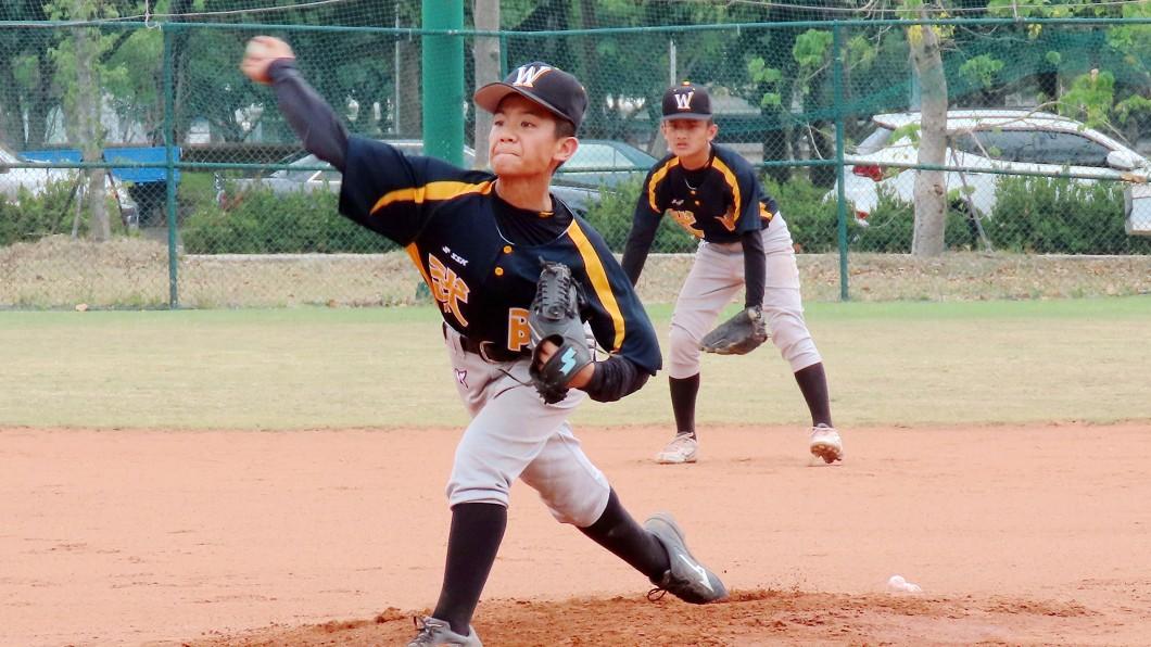 圖/學生棒球聯盟提供 努力給天上教練看 武陵國小軟式聯賽全國賽搶勝