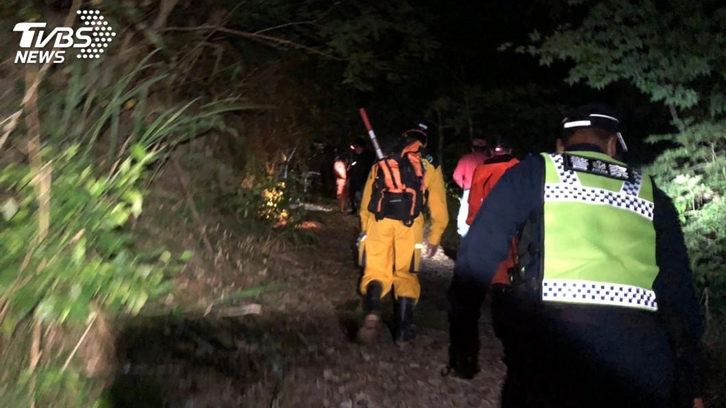 圖/花蓮縣警察局提供 78歲阿嬤山區離奇失蹤3天 女鬼瀑布旁找到人