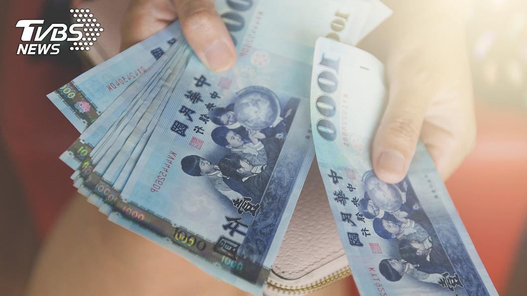 陳姓女會計師成大富婆。(示意圖/TVBS) 女會計A走2億!搬錢30年成「大富婆」 超驚人手法曝