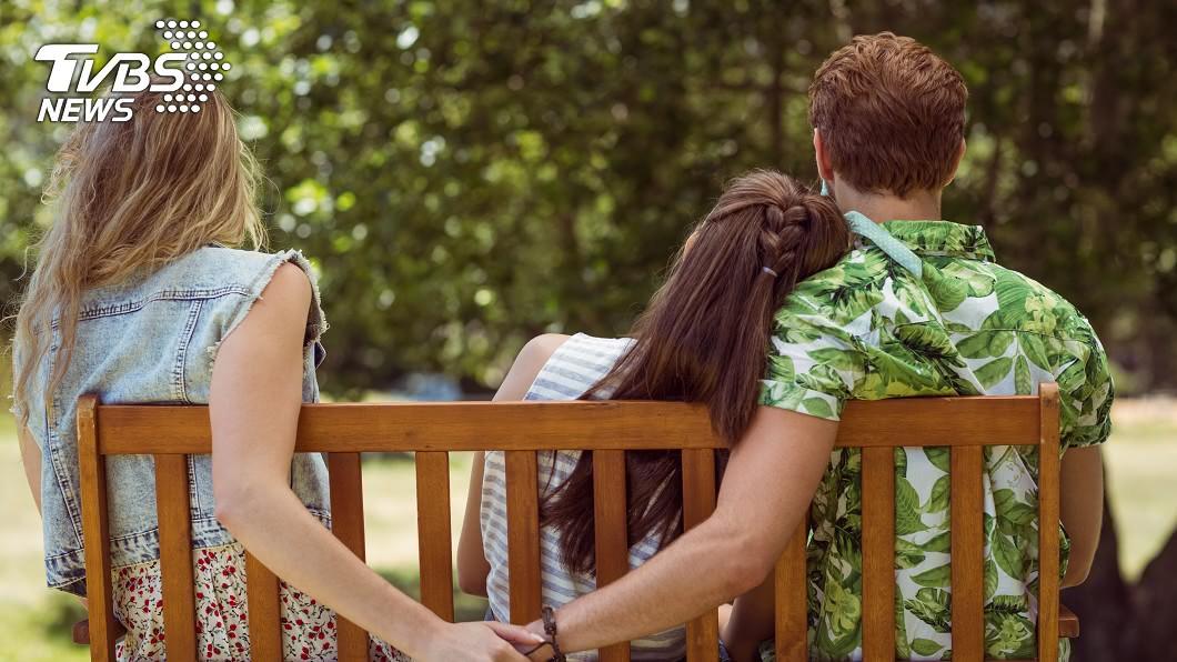 簡直是八點檔才會發生的情節。(示意圖/TVBS) 人妻寂寞難耐「出軌閨密情人」…最後迎超悲慘結局