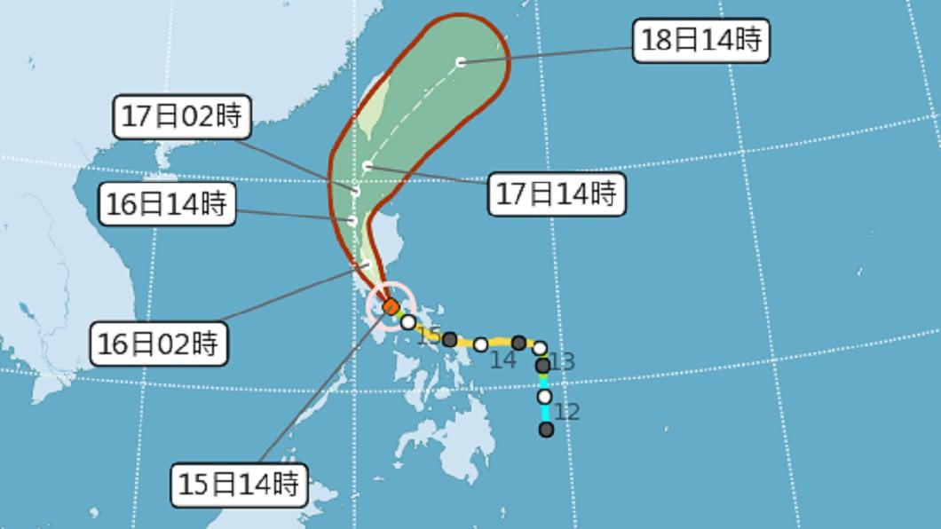輕颱黃蜂預計17日最靠近台灣。圖/中央氣象局 黃蜂挾強降雨逼近! 「最強梅雨」19日接續轟炸6天
