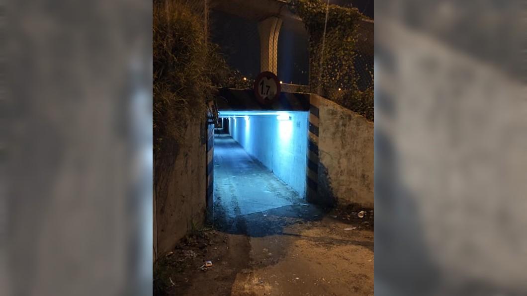 圖/翻攝自PTT 迷路遇神秘「藍光」涵洞 老司機警告:過了別回頭看!