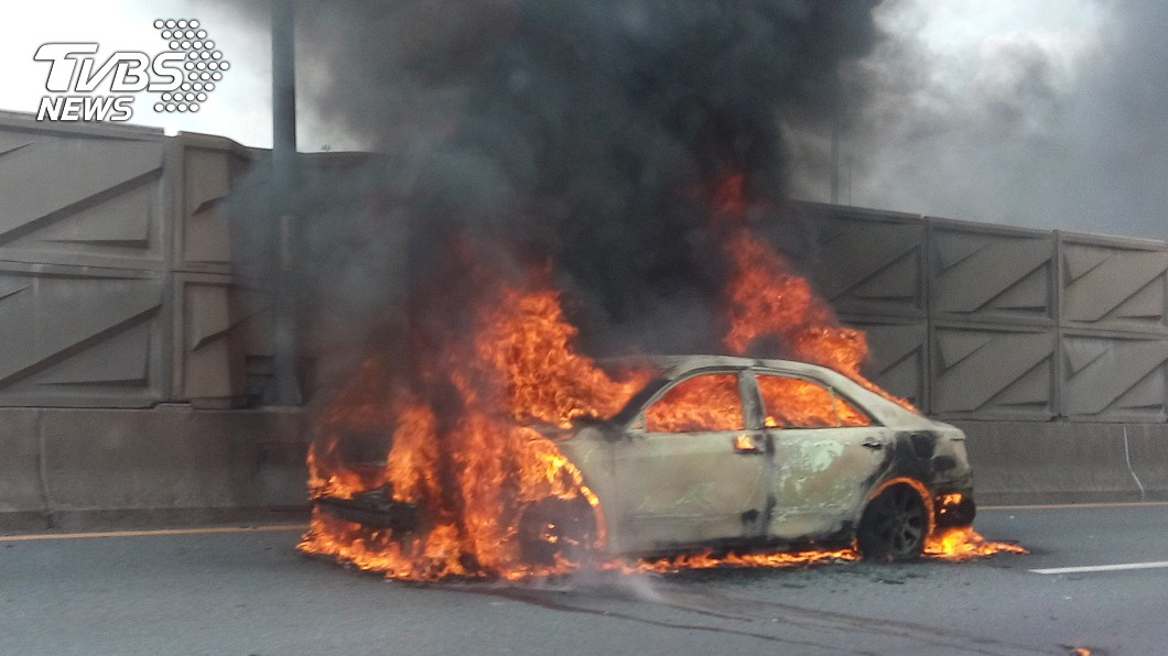 示意圖/與本事件無關 1歲兒遭鎖車上 狠母竟放火燒車傷重命危