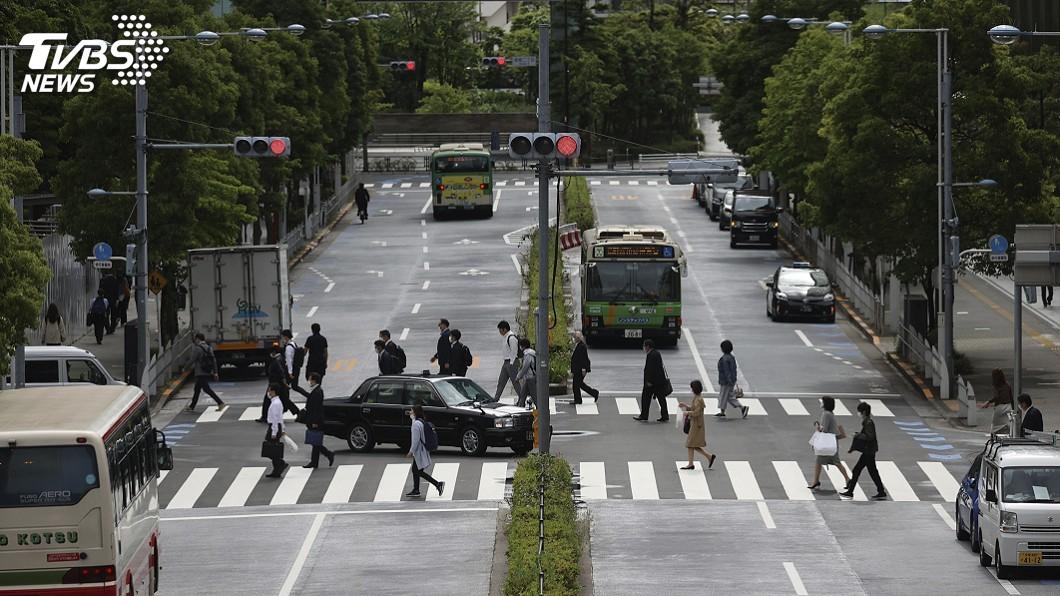圖/達志影像美聯社 日本將再解禁關西3府縣 緊急事態剩東京等5地