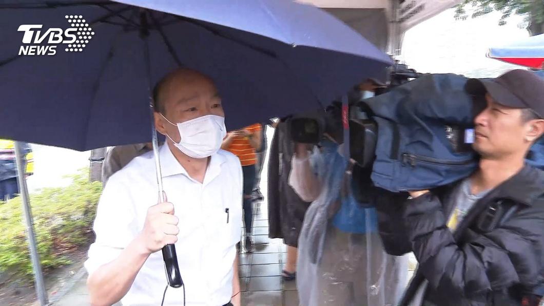圖/TVBS 「這個我給100分」積水迅速退 市民狂讚韓治水有功