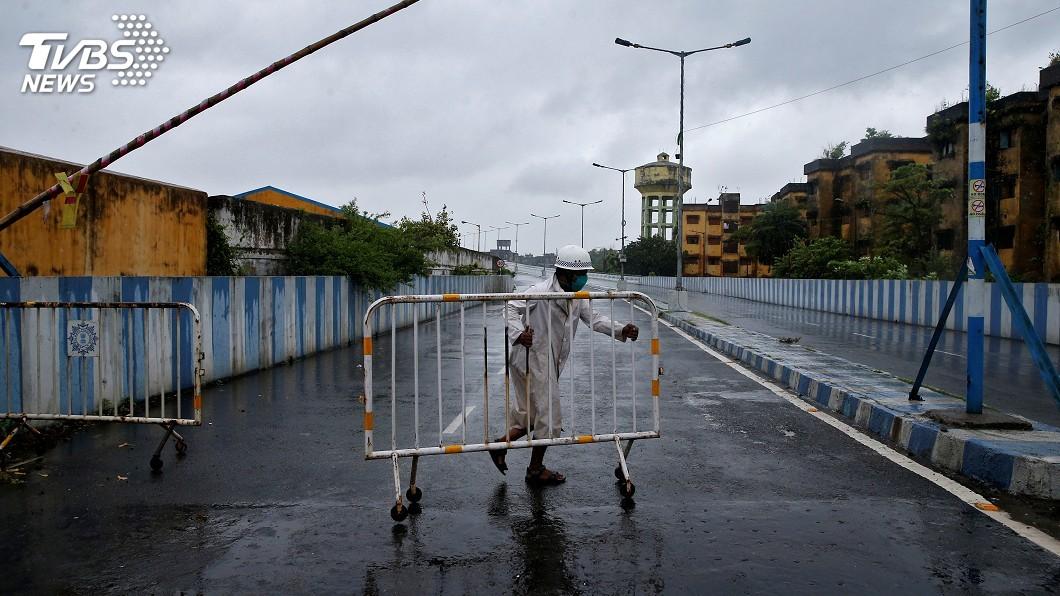 圖/達志影像路透社 20年最強氣旋襲擊 印度官員:比疫情更大災難