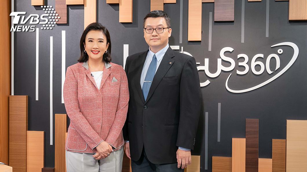 TVBS《FOCUS 360》主持人方念華和來賓-中華職棒英語主播王雲慶。圖/TVBS 中華職棒第一次英語轉播成未來商機?
