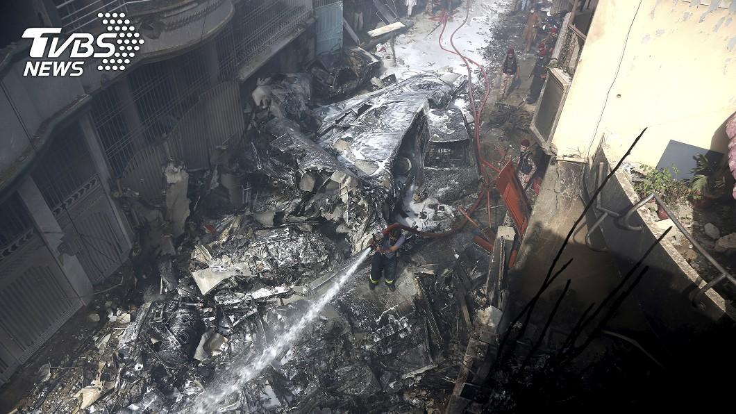 復飛不到一周 巴基斯坦空難、97死2生還