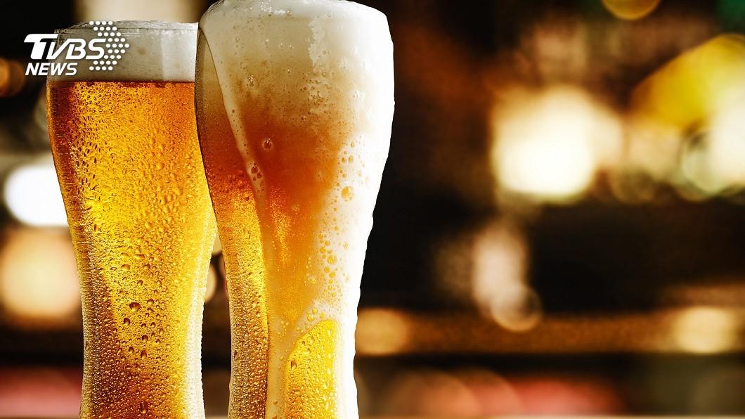 示意圖/TVBS 日本櫻花妹瘋精釀啤酒 甚至還有海帶芽口味