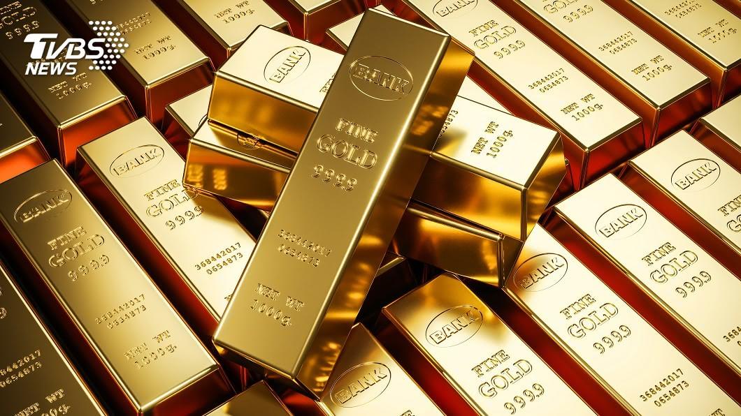 黃金價格大漲。(示意圖/shutterstock 達志影像) 央行罕見示警!黃金大漲 楊金龍:長期投資不是最好選擇