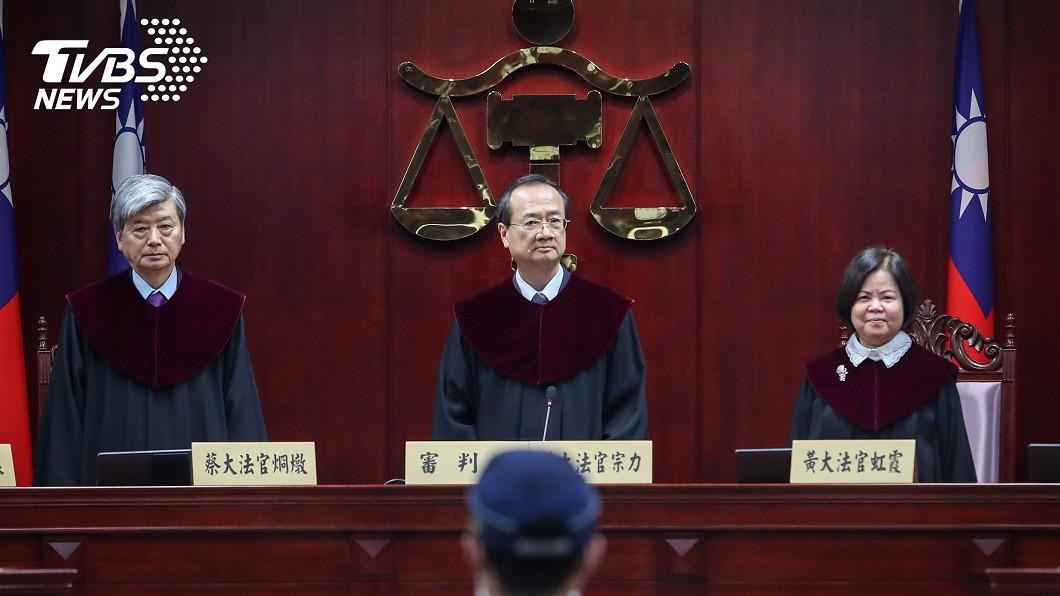 通姦除罪正式生效。(圖/中央社) 通姦除罪化!立委提「懲罰性賠償金」籲修法