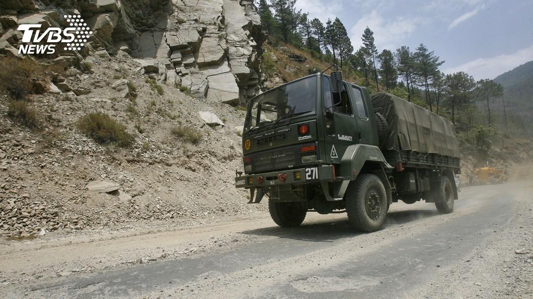 圖/達志影像路透社 中印衝突升級 印加強武裝、陸組西藏民兵