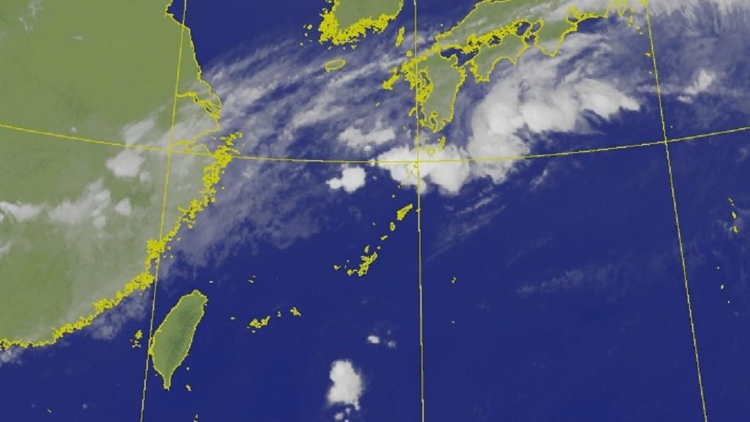 中央氣象局衛星雲圖。(圖/中央氣象局) 颱風生成「爆發期」出爐 梅雨季近尾聲今飆36度