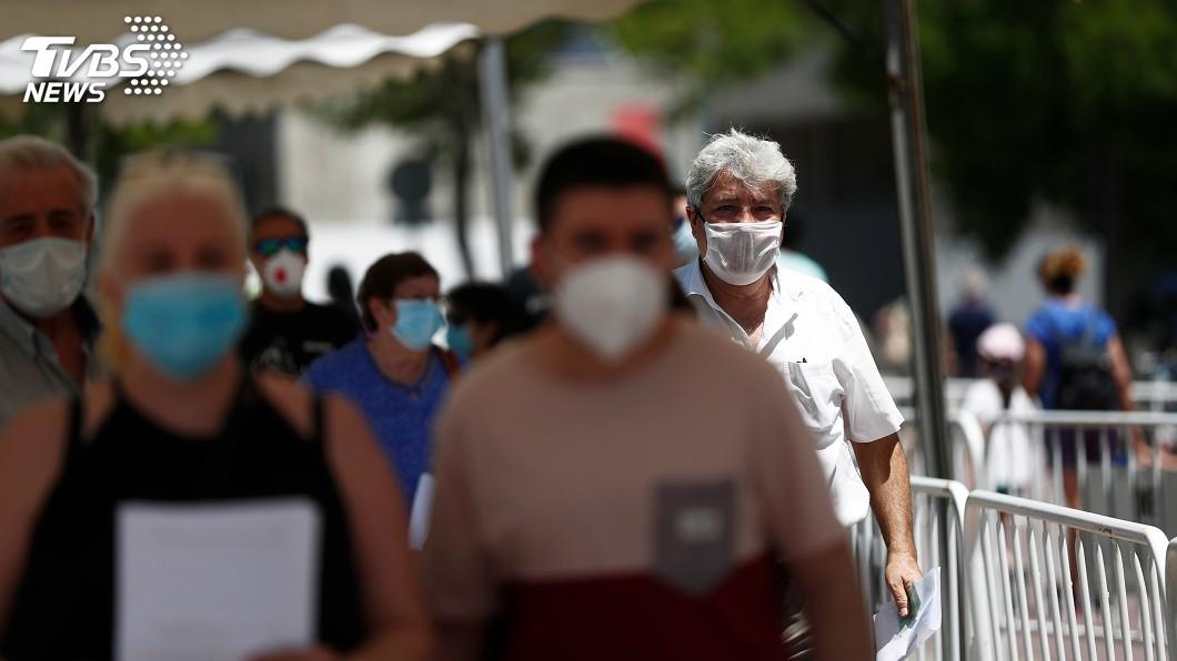西班牙國會今天同意最後一次延長防疫緊急狀態至21日。(圖/達志影像路透社) 西班牙再傳病歿案例 國會最後一次延長緊急狀態