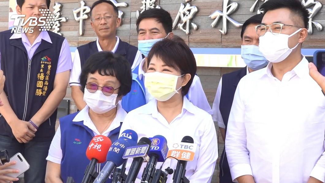 盧秀燕在市政答詢表示,將對孟加拉夫婦開罰(圖/TVBS 資料畫面) 「孟國郭董」夫婦騙穿防護衣 中市府改口開罰:有意隱瞞