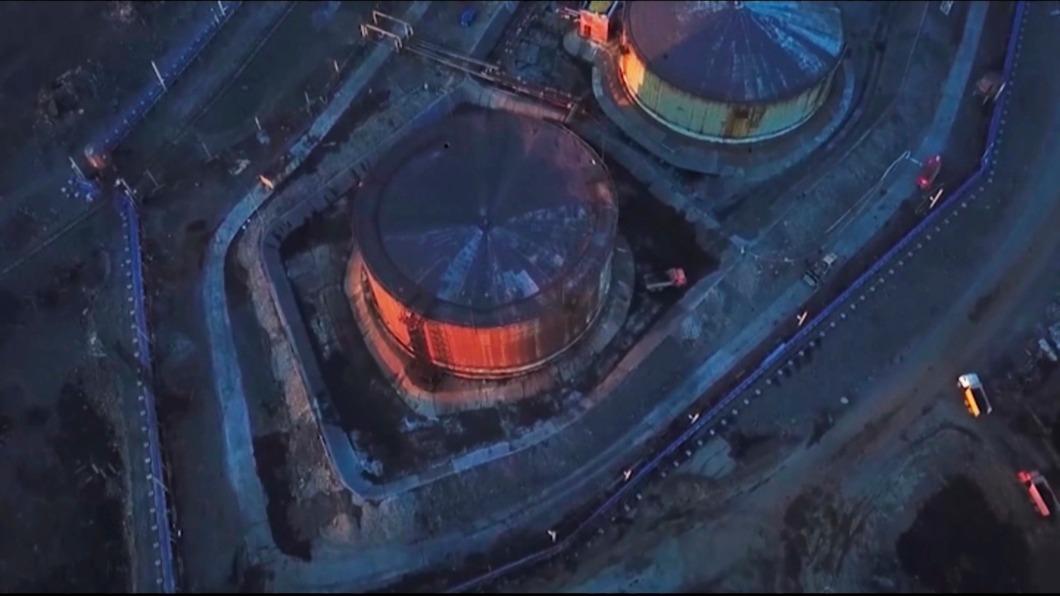 圖/達志影像美聯社 2萬噸柴油汙俄河川 大堡礁五年內三度白化