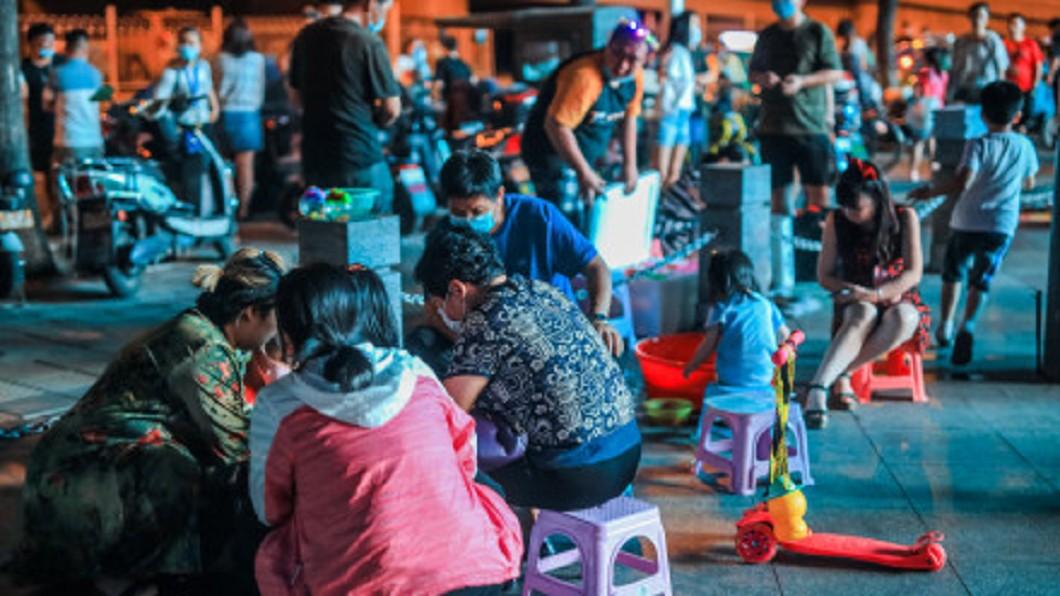 圖/翻攝自摄影师宁静的海微博 「地攤經濟」被封殺 外媒:陸高層角力戰