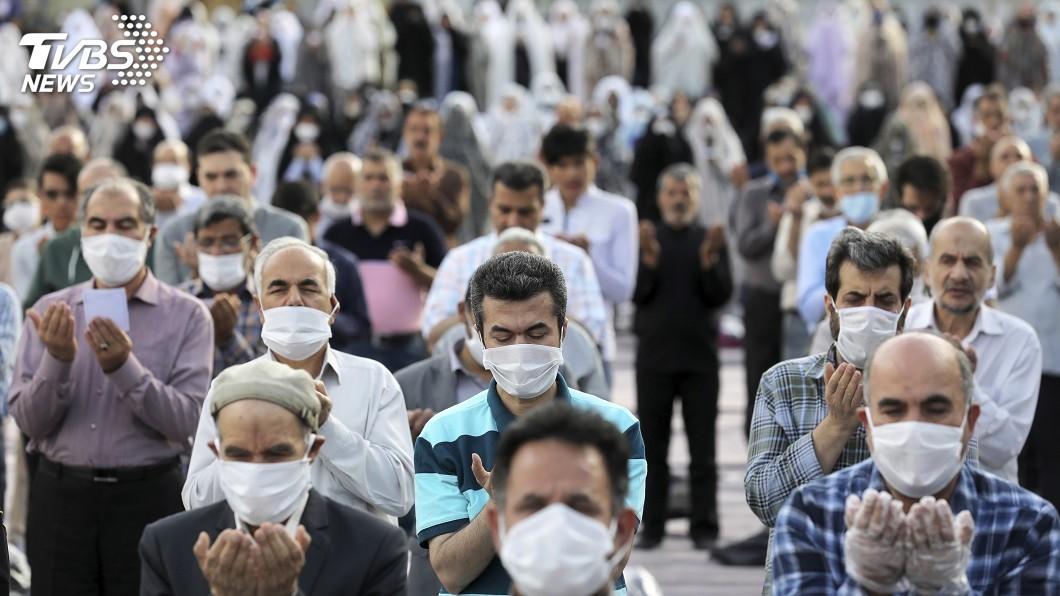 伊朗衛生官員今天表示,可能有將近1/5伊朗人染疫。(圖/達志影像美聯社) 伊朗衛生官員:血清檢測顯示 可能1/5人口染疫