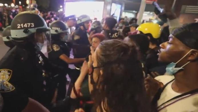全美反警暴大抗爭 籲解散警隊砍掉重練
