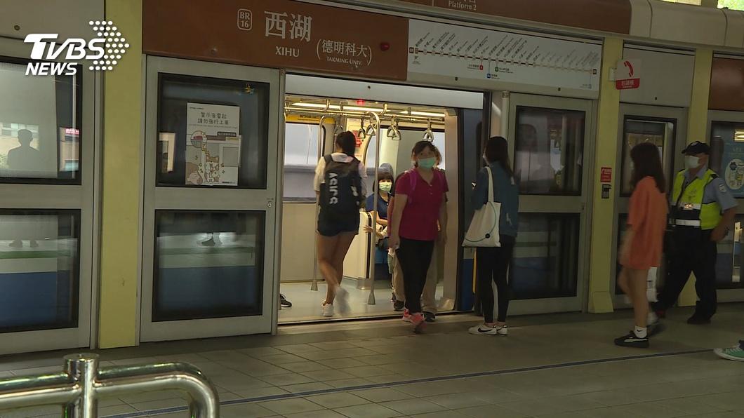 示意圖/TVBS資料照 搭捷運「4大NG行為」 通勤族有感狂轟:一秒被惹火