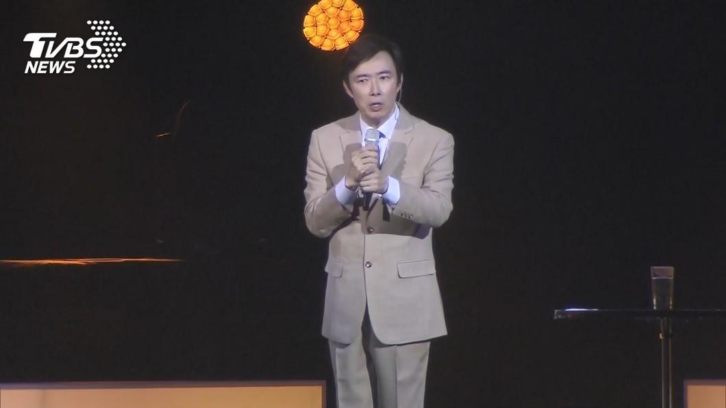 小哥費玉清在去年於台北小巨蛋完成最後一場演唱會後宣布封麥。(圖/TVBS) 費玉清《一剪梅》被搞笑亂唱 成洗腦神曲登歐美熱播榜前3