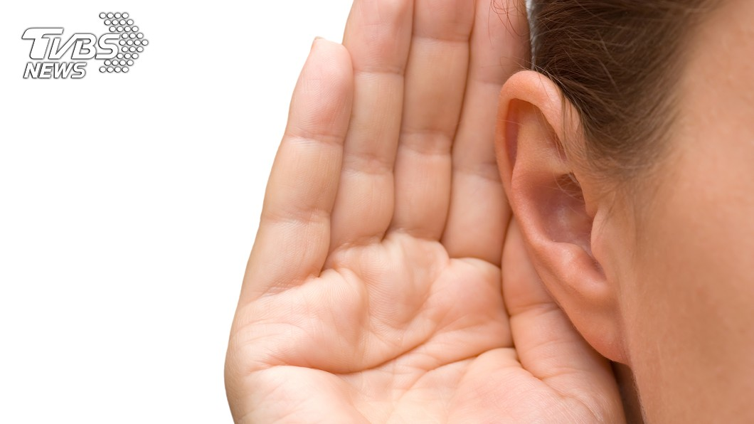 平時要保持耳道乾燥。(示意圖/TVBS) 婦起床突聽不見…急衝醫院求診 醫挖出「黑色物體」嚇傻