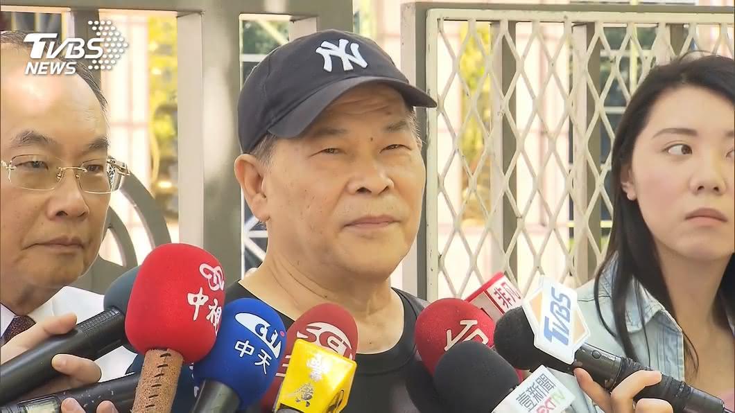 澎恰恰急開記者會「宣布破產」 負債2.4億