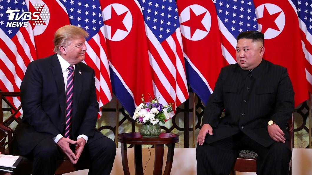 美國總統川普2018年前往新加坡與北韓領袖金正恩舉行歷史性峰會。(圖/達志影像路透社) 波頓新書再爆料 川普將川金新加坡峰會視為公關秀