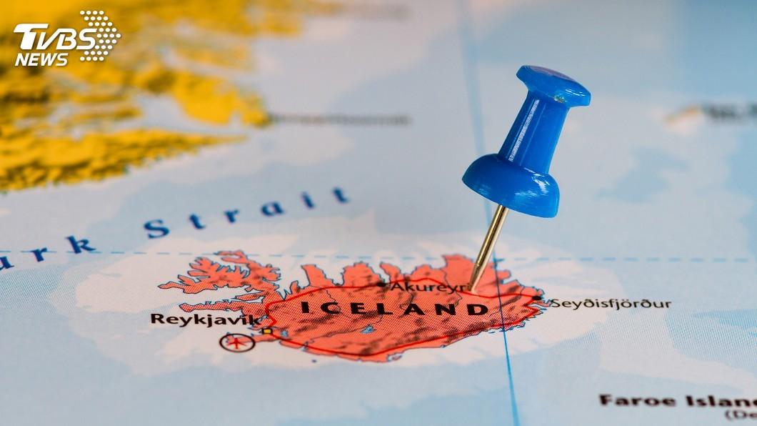 冰島北部海岸的地震儀過去3天以來測到超過3000次輕微地震。(示意圖/TVBS) 冰島3天測得逾3千次輕微地震 火山蠢蠢欲動