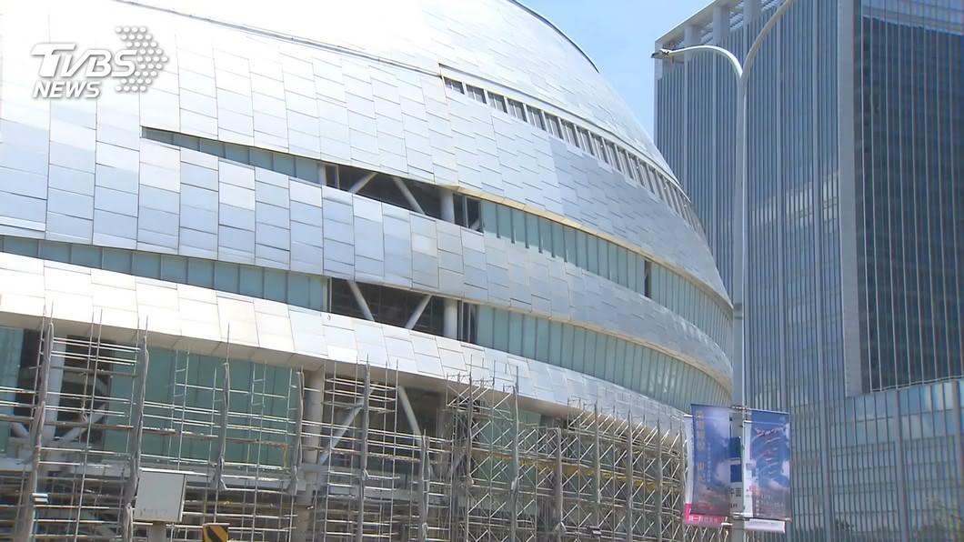 (圖/TVBS) 北市:大巨蛋安全梯圖說不符 遠雄應重申請