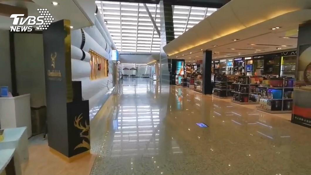 機場相關產業受疫情衝擊。(圖/TVBS) 疫情衝擊桃機商店 林佳龍:7月底前推出紓困3.0