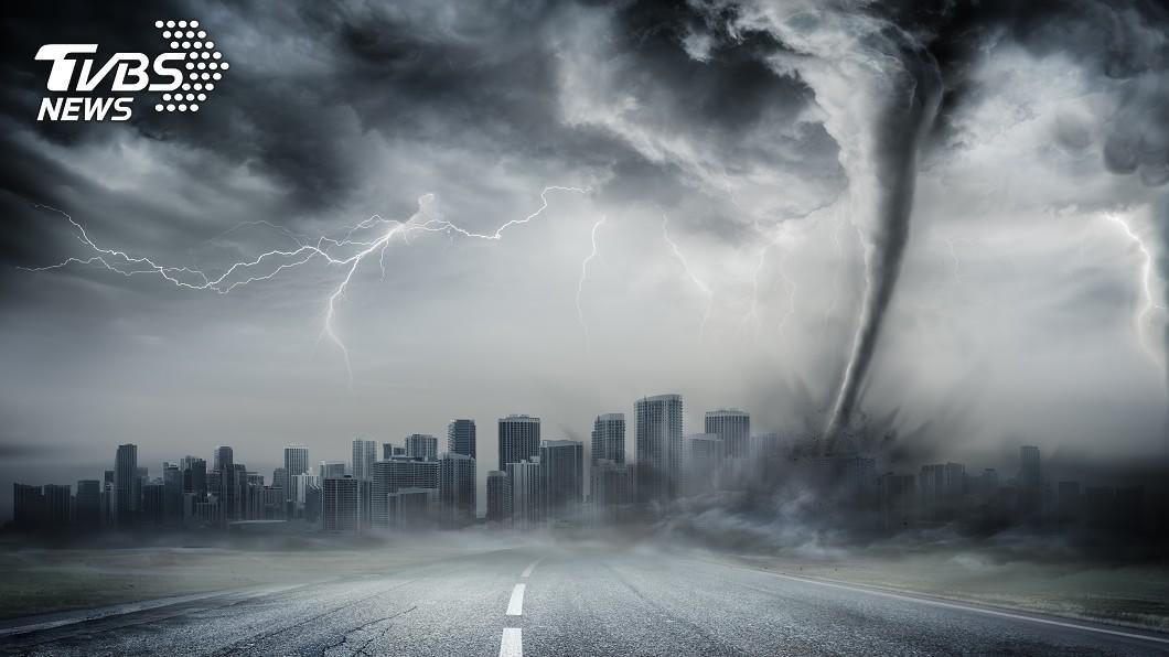 龍捲風示意圖。(示意圖/shutterstock達志影像) 速度每秒23.9公尺!大陸武漢遭龍捲風侵襲多人受傷