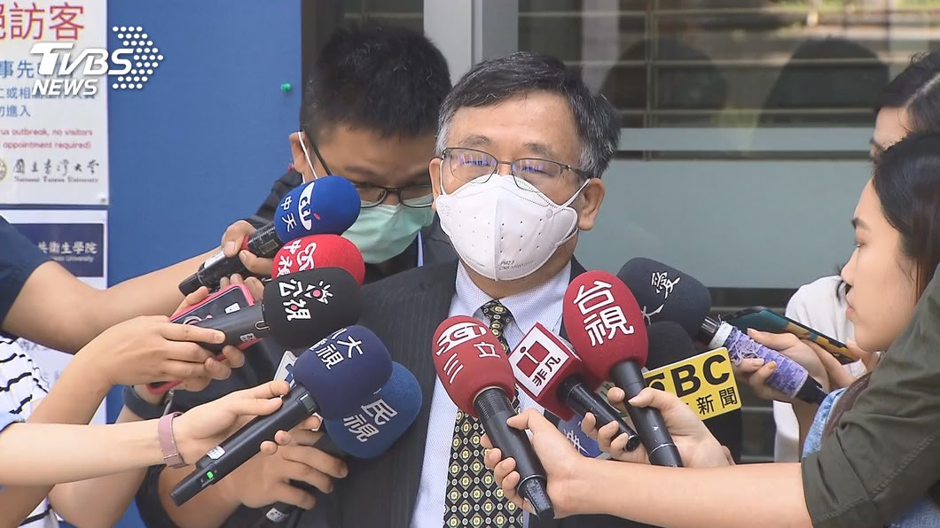 台灣大學公衛學院教授陳秀熙。(圖/TVBS) 新增1境外增本土10%風險 台大公衛:6場所個案增