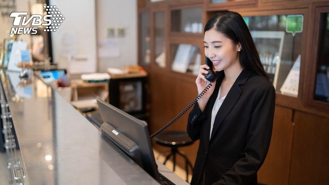 飯店服務人員,連假上班時,遇到各種奇葩旅客。(示意圖,非當事人/TVBS) 拗升等、自認VIP 飯店人員揭10奧行為:好意思?