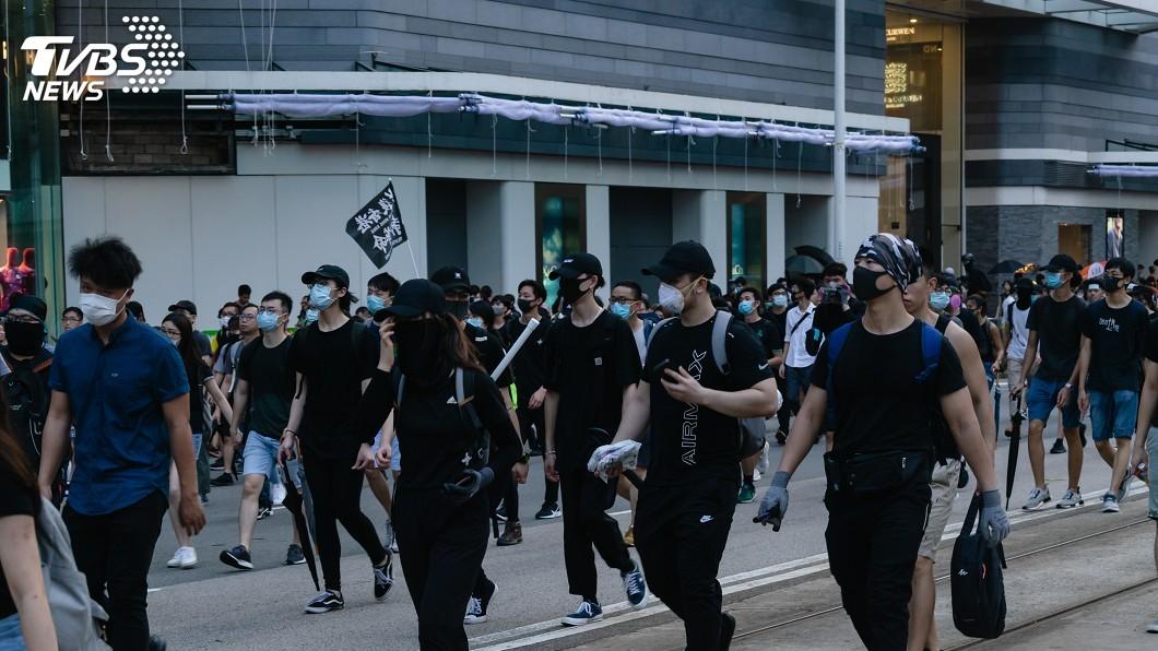 陸委會發布新聞稿指出,中共過去一年背棄對香港「高度自治」、「50年不變」的承諾。(示意圖/TVBS) 陸委會:北京擅訂港區國安法 一國兩制侵蝕人權