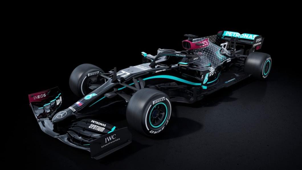 F1賽車7/5復賽 賓士挺黑潮.推「全黑車」亮相