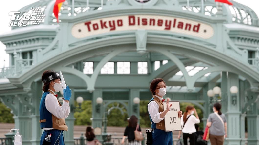 圖/路透社 終結四個月「蚊子樂園」 東京迪士尼重開大門