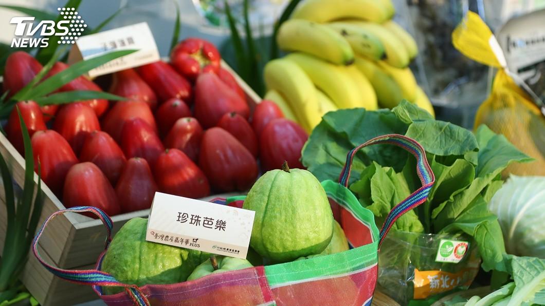 台灣農產嘉年華網購奏效。(圖/中央社) 台灣農產嘉年華超熱賣 下半年加碼回饋打8折