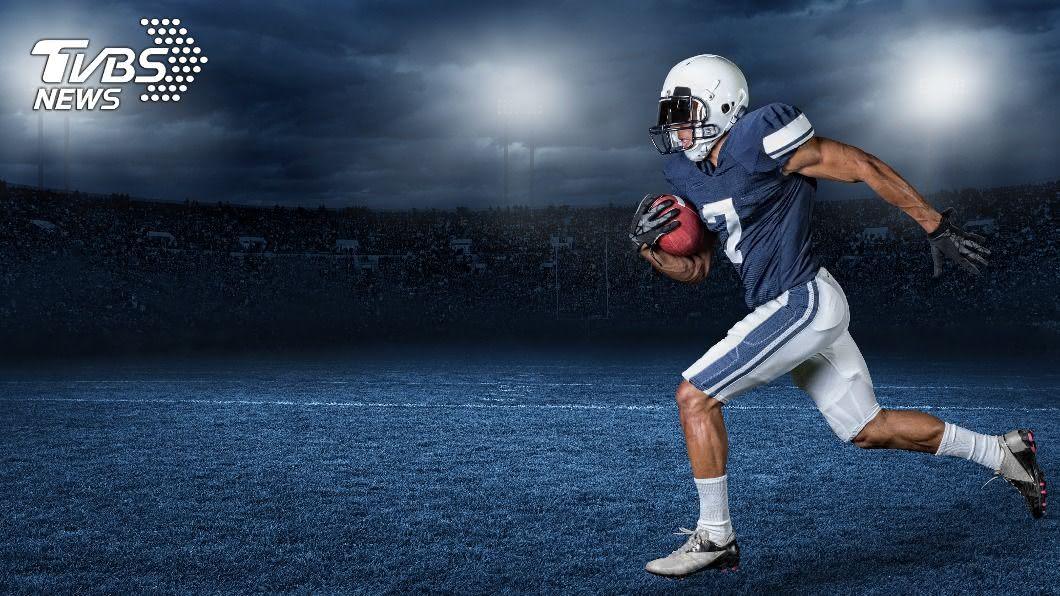 示意圖/TVBS 美國NFL球員五星級頭盔 製作過程大解密