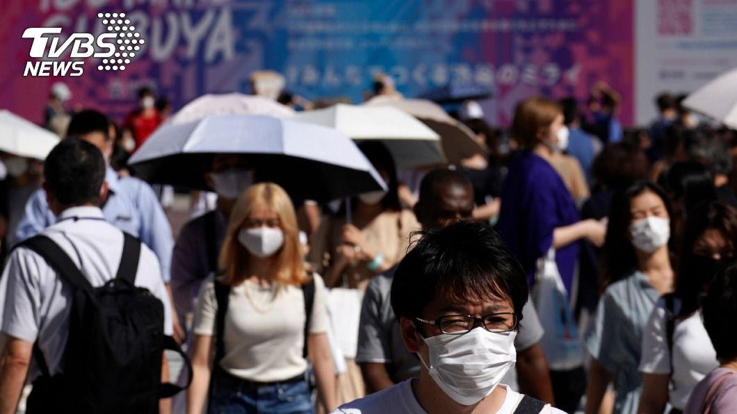圖/達志影像美聯社 東京單日確診破百 夜生活群聚成疫情熱點