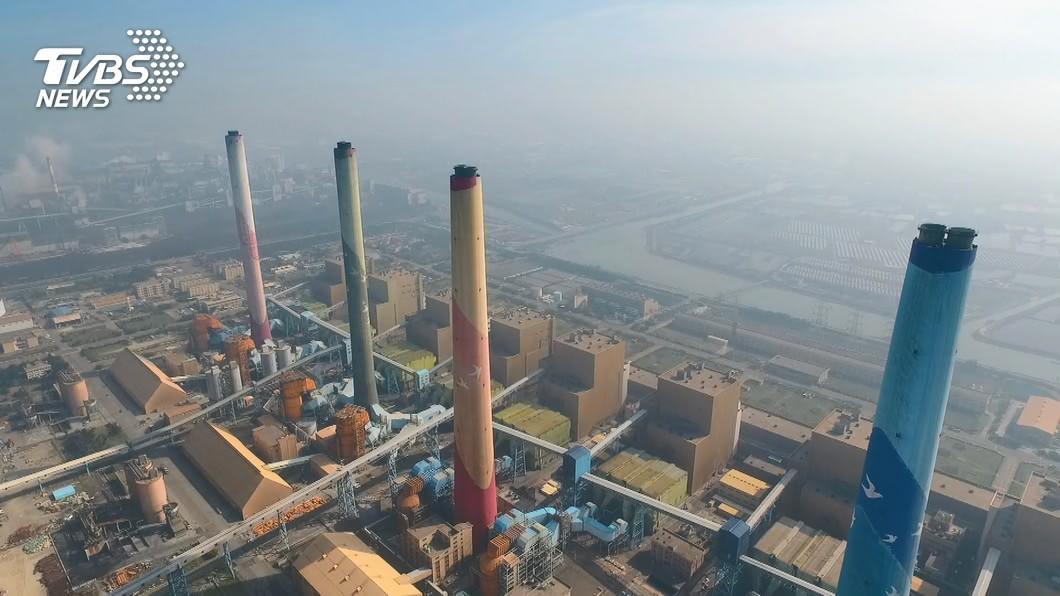 台中火力發電廠。(圖/TVBS資料畫面) 立院明表決中火主決議 環團籲無煤期程擴及全台