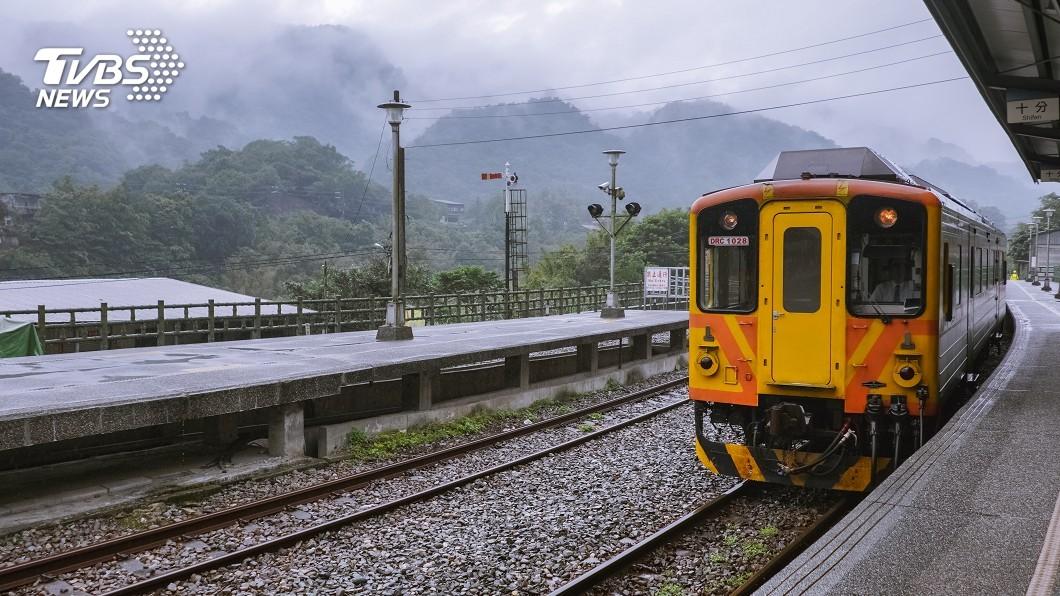 (示意圖/TVBS) 外型似米倉結合在地 網推最美「花東線」車站