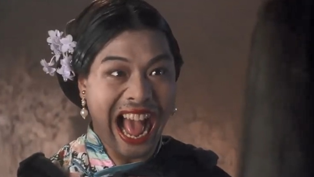 李健仁在周星馳電影中飾演如花一角。(圖/翻攝自YouTube) 星爺御用綠葉「如花」近況曝 驚傳中風癱瘓失語