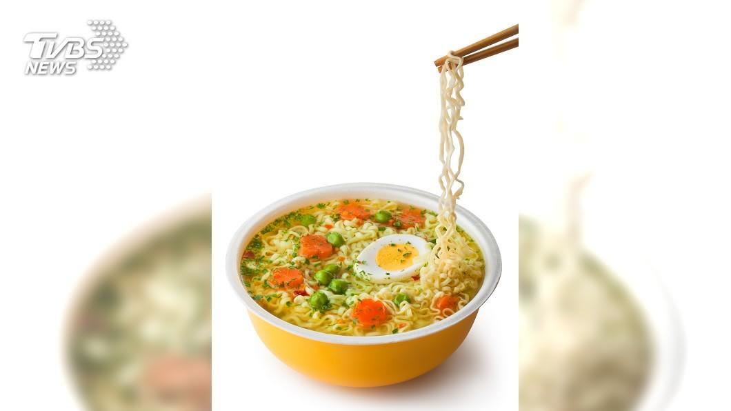 示意圖/TVBS 泡麵也能這麼煮! 日人混搭泡麵美味升級