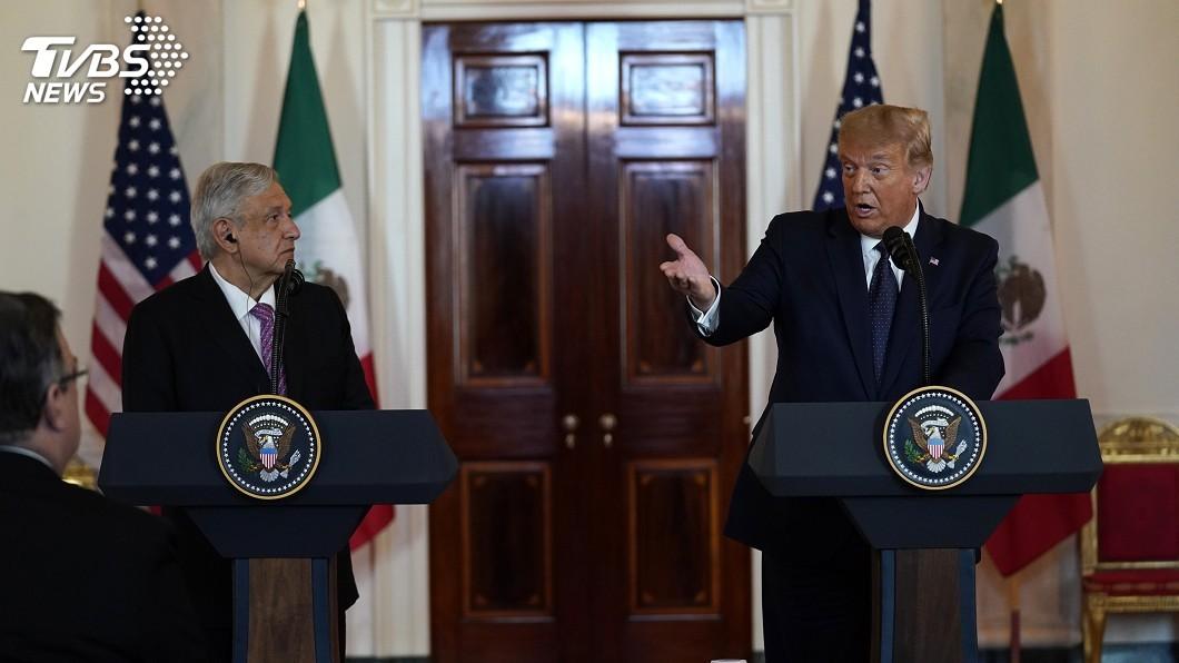 美墨領袖在白宮橢圓形辦公室會面。(圖/達志影像美聯社) 慶貿易協定生效 川普避談邊境高牆改讚美墨關係