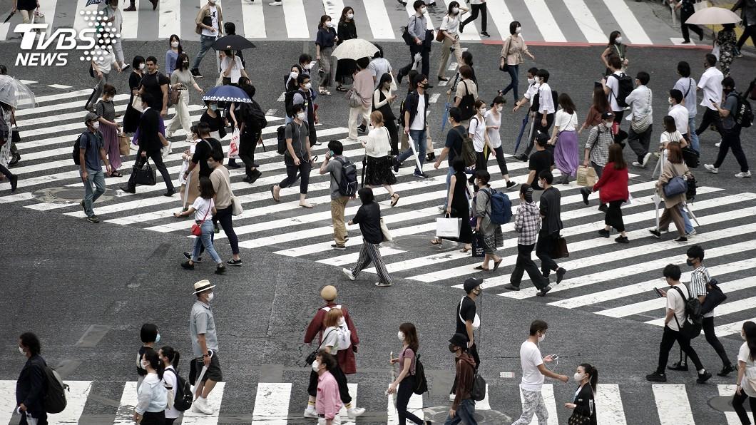 日本境內確診病例持續增加。(圖/達志影像美聯社) 確診病例續增 日本仍未考慮二度公布緊急事態