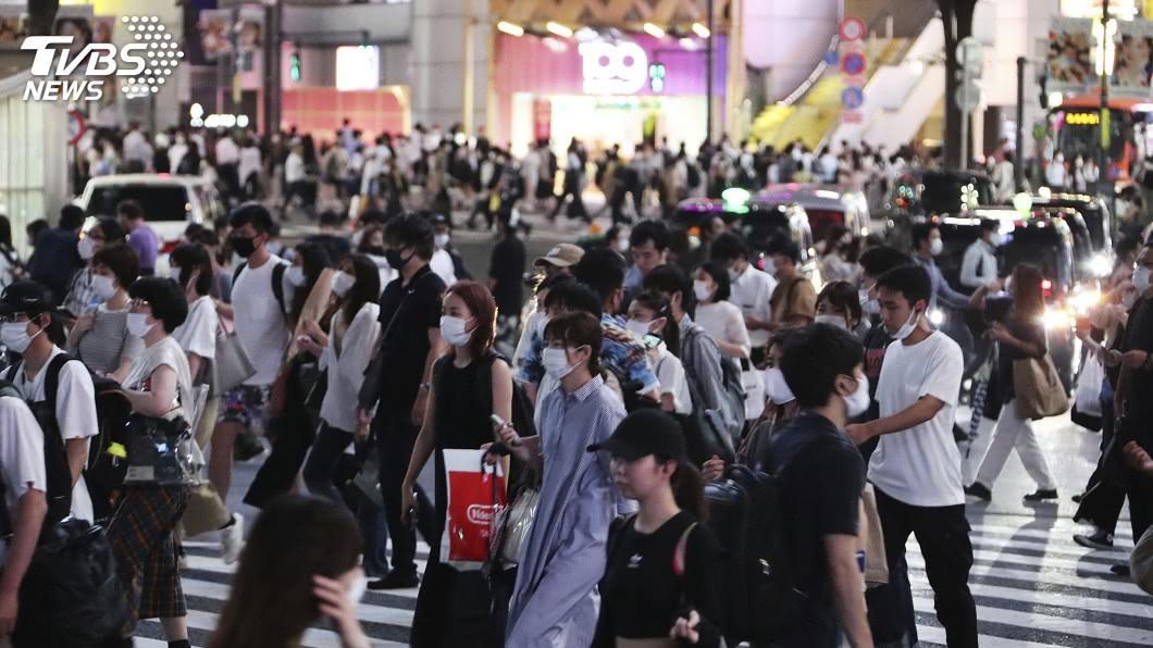 (圖/達志影像美聯社) 菅義偉指疫情是「東京問題」 小池駁:是國家問題