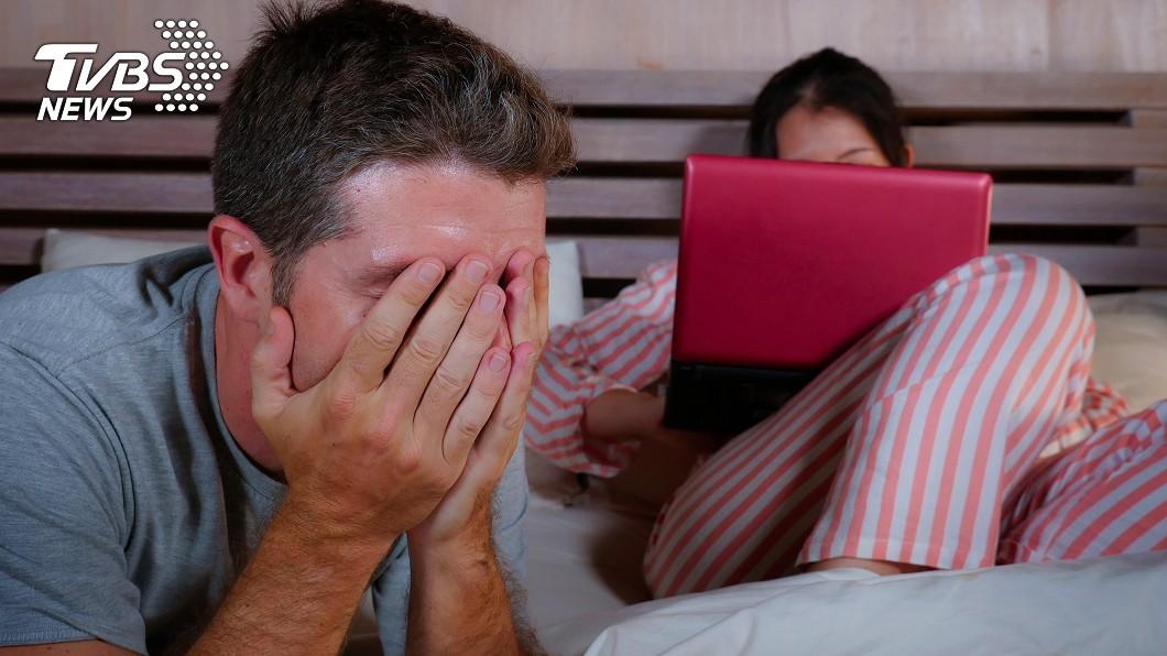 情侶示意圖,與本文無關。(圖/TVBS) 女友「堅持花17萬」買1產品 男崩潰:該如何拒絕