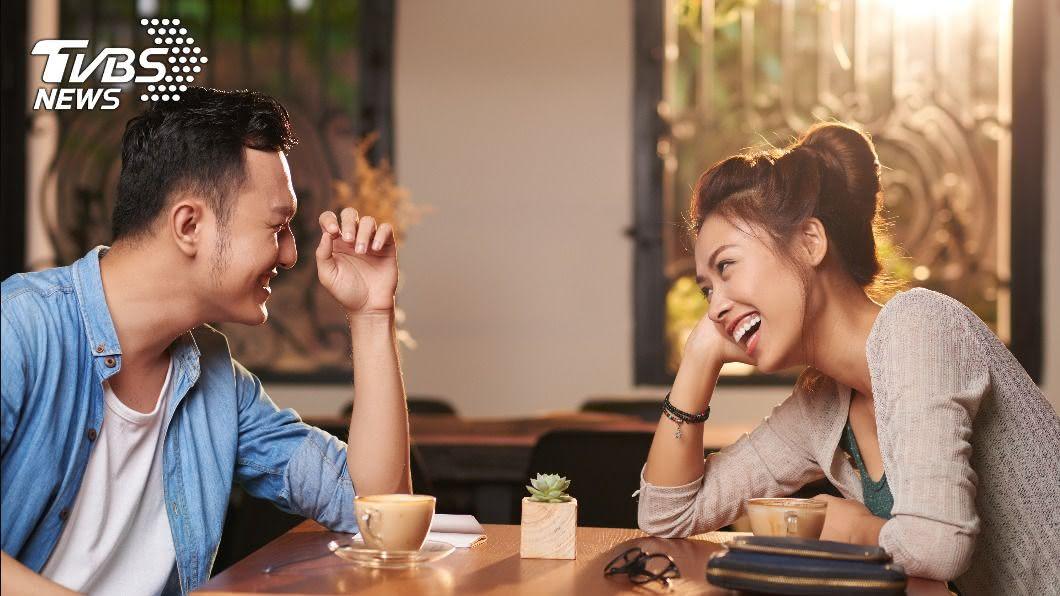 談戀愛會多出一筆「約會」費用。(示意圖非當事人/TVBS) 日花5000元!男曝約會開銷 網錯愕:養公主嗎?
