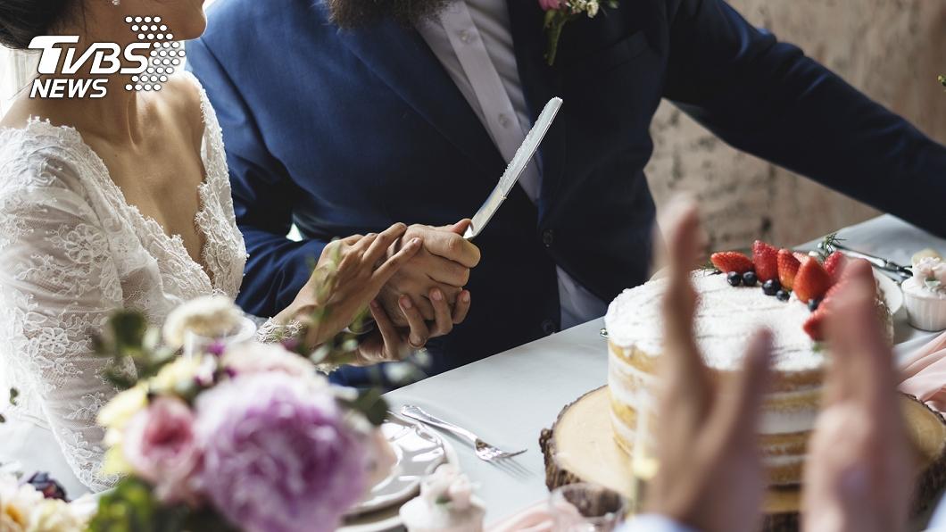 (示意圖,非當事人。圖/TVBS) 新娘吃婚宴甜點當場慘死 家屬痛曝內幕:早說不能放…